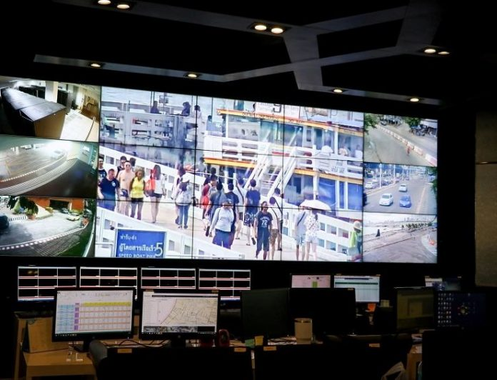 Governor Urges Hua Hin Municipality to Complete CCTV Installation