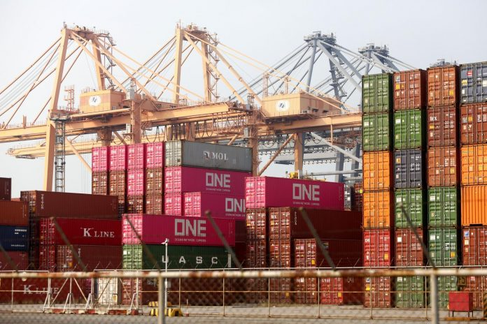 Thai Exports Decline for 6 Consecutive Months
