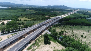 UPGRADES TO ROADWAYS FROM BANGKOK SOUTH TO THE ROYAL COAST – WILL THAT BE GOOD ENOUGH?