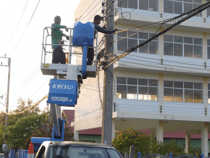 UPGRADED STREET LIGHTING IN KHAO TAO WITH MORE TO COME