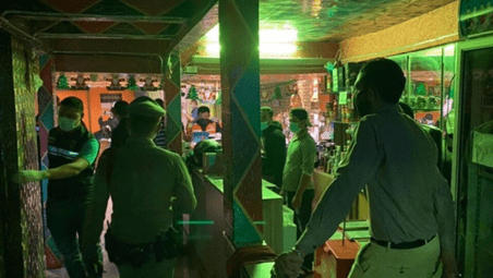 PRISON SENTENCES GIVEN FOR BREACHES OF THE EMERGENCY DECREE FOR THAI AND FOREIGN RESTAURANT PATRONS