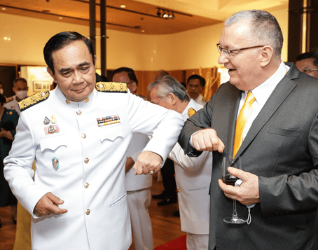 HM THE KING ATTENDS PREMIERE SCREENING AT THE AUSTRALIAN EMBASSY