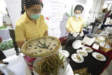 COOKING WITH CANNABIS; AT A CHIANG MAI FOOD FAIR AND COMING TO HUA HIN SOON