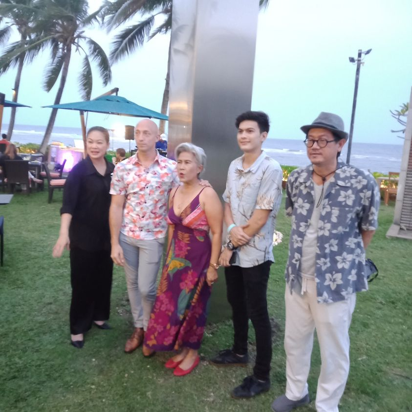 THAILAND'S FIRST MYSTERY OBELISK ARRIVES AT THE SHERATON HUA HIN RESORT AND SPA!