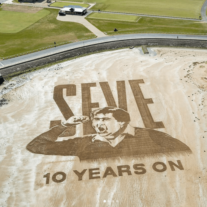 SAND-ART TRIBUTE TO SEVE AT ST ANDREWS